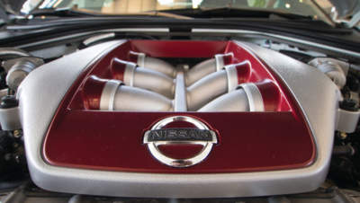 2012_Nissan_GT-R_engine