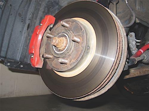 brake-rotor-contamination-1