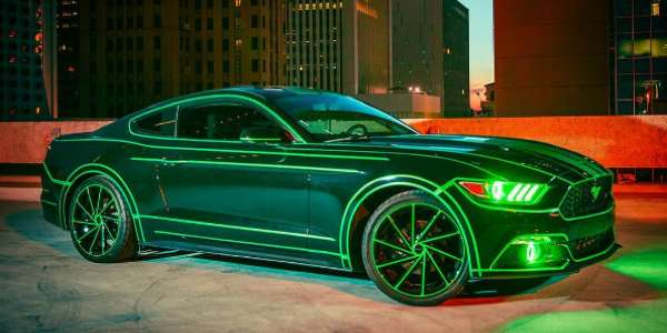 For The Body Rivers Opted A Full Vinyl Wrap Custom Dark Green With Sheer Luck Tron Lines At Night Or In Broad Daylight